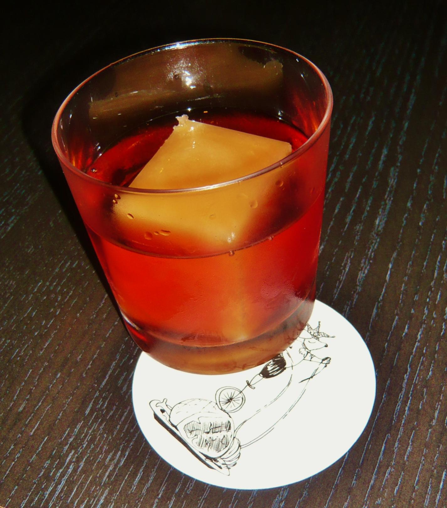 cocktails mit wein muss denn das sein trinkprotokolltrinkprotokoll. Black Bedroom Furniture Sets. Home Design Ideas