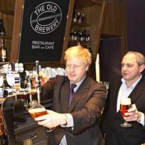 Mayor Boris Johnson trinkt auch gern Meantime