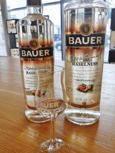 Bauer Destillerie Graz Haselnuss