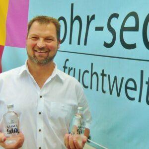 Mohr Sederls Kaiser Gin erste Flaschen
