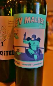 Malbec Pinot Noir Neue Welt Kutch 005 (628x1024)