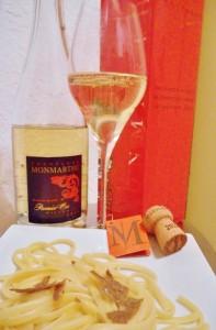 champagne-monmarthe-hoch-525x800