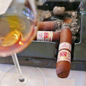 zigarre-und-schaumwein