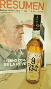 Black Tears Spiced Rum Cuba hoch (366x640)