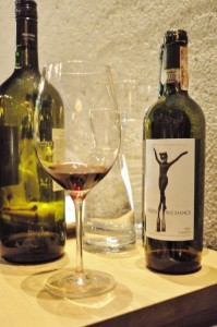 Sting Wines Il Palagio When we dance hoch (425x640)