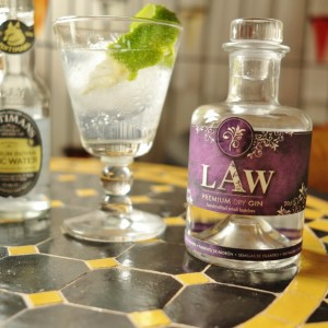 Law Gin Tonic quer