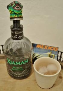 Xiaman Mezcal hoch (443x640)