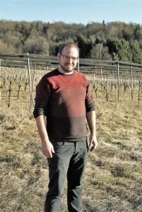 Walter Frauwallner im Weingarten Straden hoch
