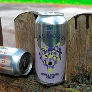 Zaungast Lavendel Honig und Mango am Zaun