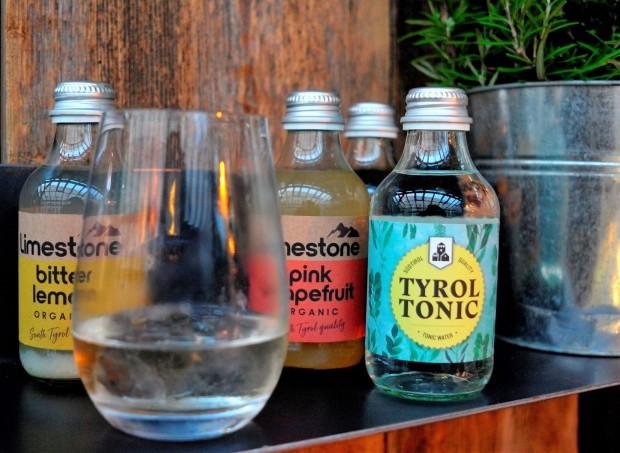 Limestone Tyrol Tonic by Drinkfabrik Lana quert